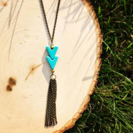 Chevron-metal-necklace
